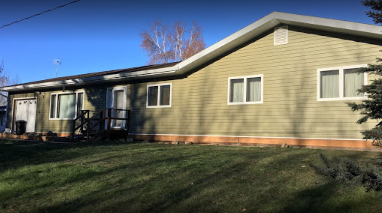 seamless siding and metal gutters